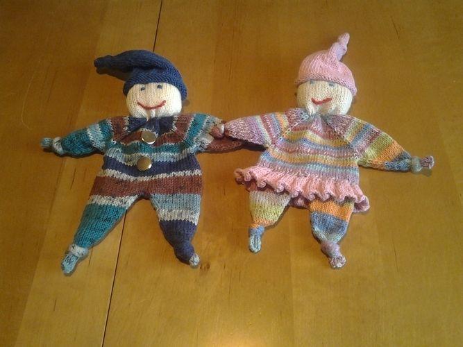 Makerist - kleine Püppchen zum knuddeln für meine Enkelkinder - Strickprojekte - 1