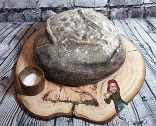 Makerist - Brot mit Salz zum Umzug - aber als Torte mit Fondant - 1