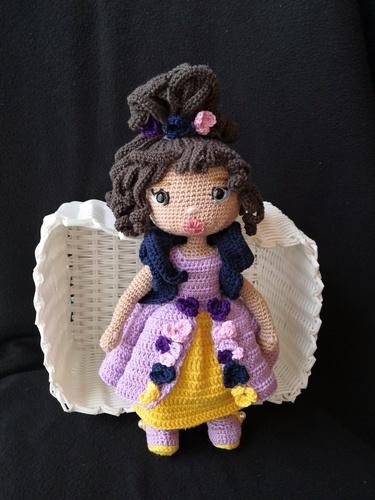 Makerist - Puppe, gehäkelt für kleine und große Liebhaberinnen - Häkelprojekte - 1