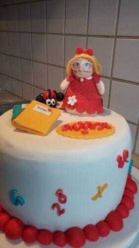 Makerist - Schulwechsel - Torten, Cake Pops und Cupcakes - 1
