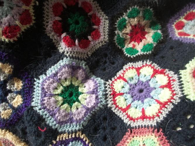 Makerist - Granny Squares Blanket Hauptsache bunt - Häkelprojekte - 2