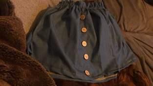 Makerist - Buttonskirt aus dünnem Jeans für Elli😍 - 1