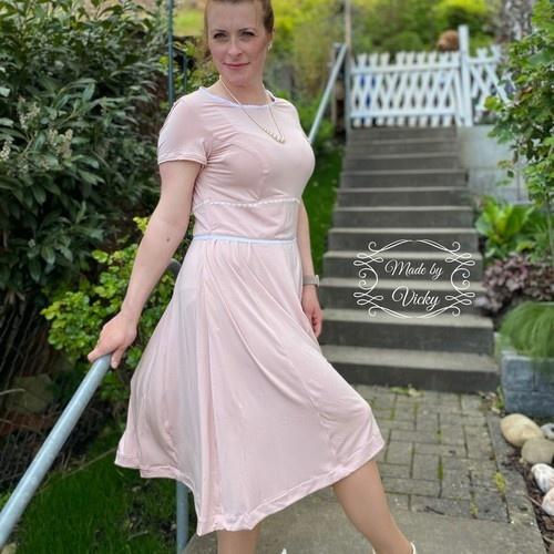 Makerist - Kleid Valentine - aus Webware oder Jersey - für Damen - Nähprojekte - 3