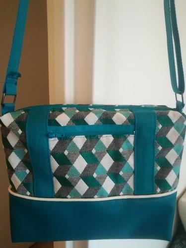 Makerist - Georgette  turquoise - Créations de couture - 1