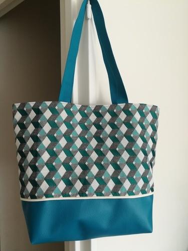 Makerist - Dragon turquoise  - Créations de couture - 1