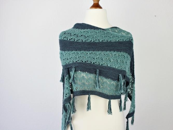 Makerist - Mondo Shawl - Knitting Showcase - 1