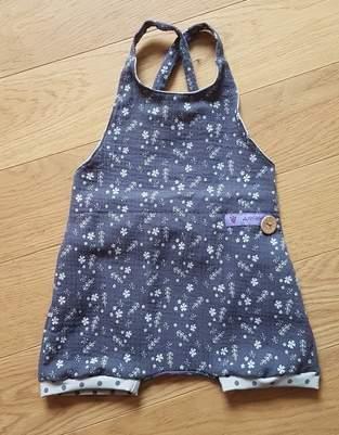 Makerist - kurze Sommerlatzhose aus Musselin in Gr.80 - 1