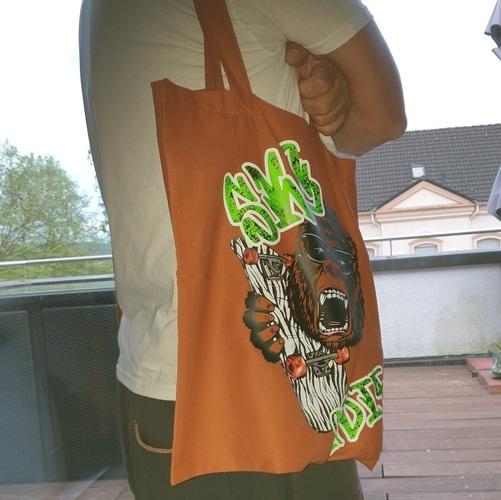 Makerist - SKATE habe ich mir mit Flex auf einen Stoffbeutel gemacht - Textilgestaltung - 2