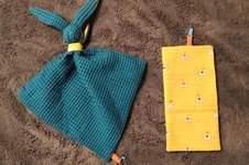 Makerist - Doudou Gabin le lapin - tissu nid d'abeille vert et coton jaune + tissu molletonné bleu clair et coton bleu - 1