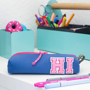 Pencil Pouch mit Buchstaben Patches 💙💕 Turnmatten-Upcycling