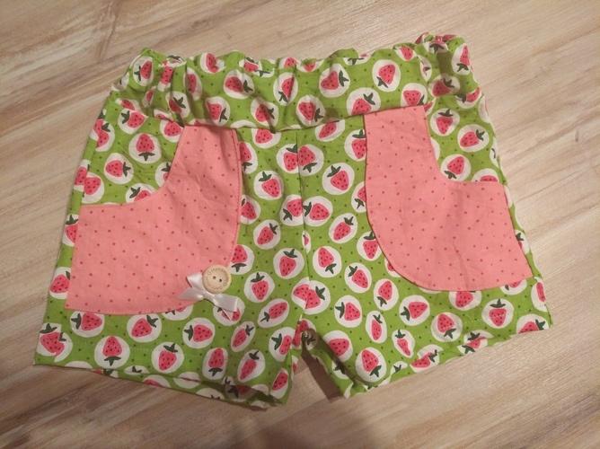 Makerist - Kurze Erdbeerhose in Größe 110 - Nähprojekte - 1