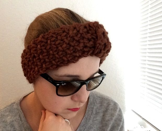 Makerist - Warmes Stirnband oder it's never too dark to be cool! - Strickprojekte - 1
