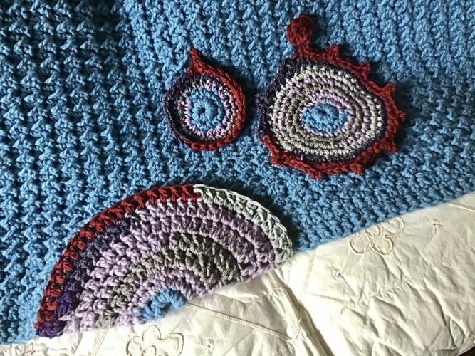 Makerist - The Roving Mandala Throw - Crochet Showcase - 2