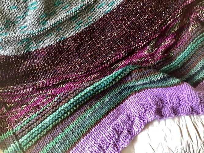 Makerist - The Forbidden Forest Throw  - Knitting Showcase - 1