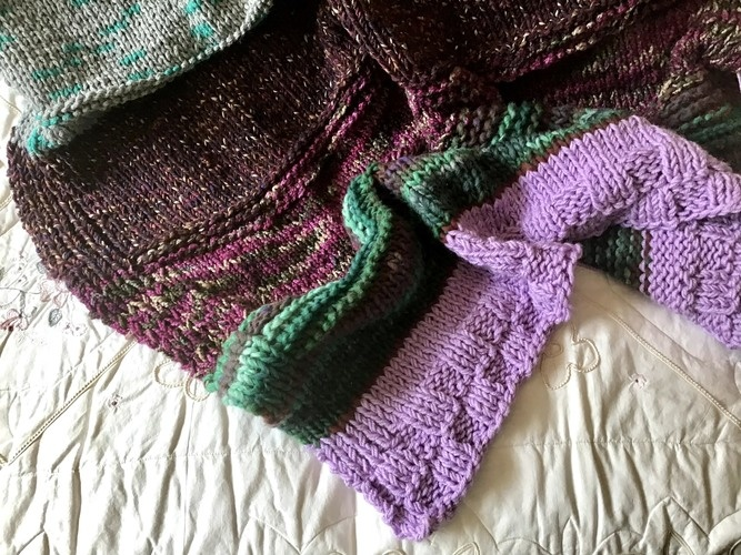 Makerist - The Forbidden Forest Throw  - Knitting Showcase - 2