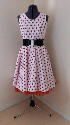 Makerist - Robe vintage pour événement rétro sur les années 50 - #makeristalamaison - 1