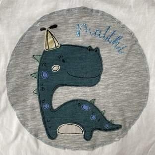 Makerist - Geburtstagsshirt für einen Dinofan - 1