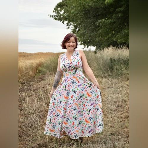 Makerist - Ladiesdress Sophie von Graustufen-Stoffe aus Jersey von Rebecca Reck Art - Nähprojekte - 1
