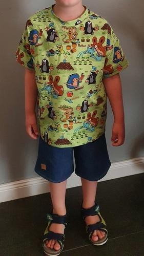 Makerist - Rosarosa Shirt und Shorts für mein Mittelkind, Sweatjeans und Paulijersey - Nähprojekte - 1