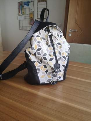 Makerist - Rucksack aus Canvas und Kunstleder - 1