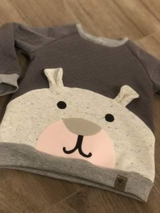 Pullover mit Bär-Applikation