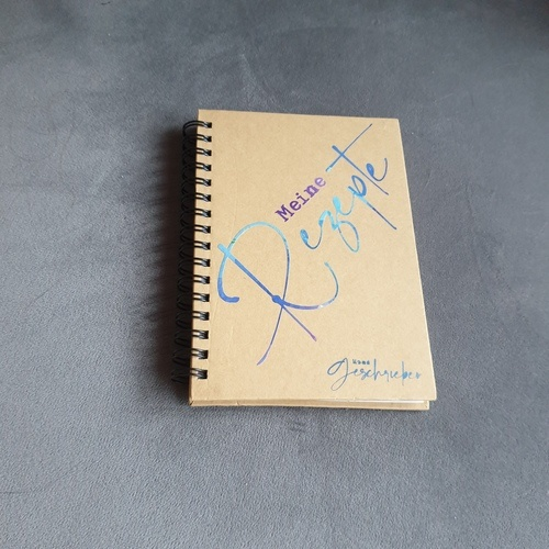 Makerist - Notizen gehören auch auf ein Ringbuch - DIY-Projekte - 1