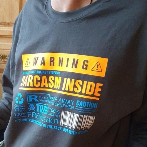 Makerist - Sarcasm inside - passt perfekt auf mein Shirt - Textilgestaltung - 1