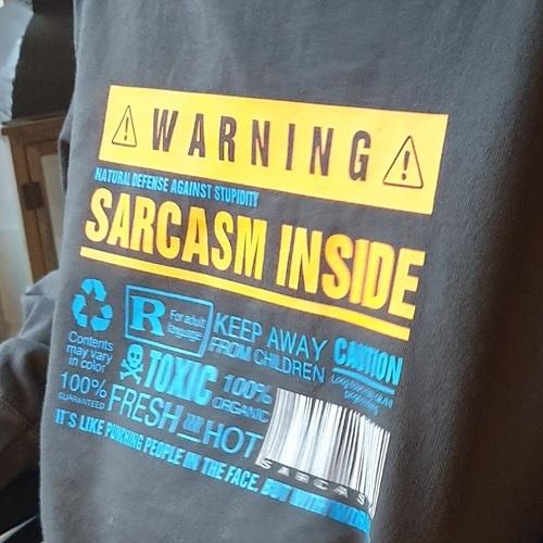 Makerist - Sarcasm inside - passt perfekt auf mein Shirt - Textilgestaltung - 3