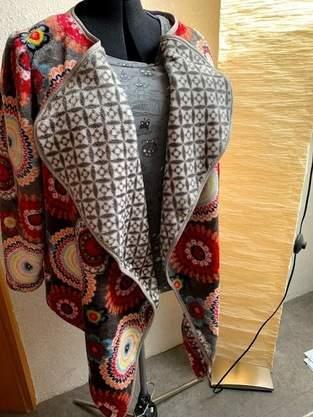 Makerist - Cardigan Salea aus Mandala-Stoff  - 1