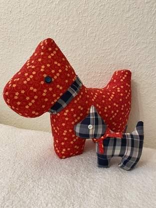 Makerist - Hund Karo mit Welpe Wuff als Geschenk zur Taufe - 1