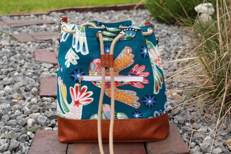 Makerist - Bucket Bag Laetizia aus Baumwolle und Kunstleder  - Nähprojekte - 1