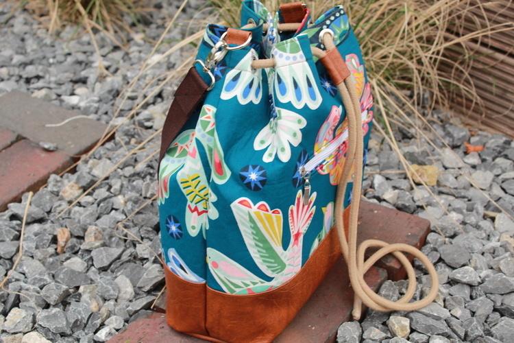 Makerist - Bucket Bag Laetizia aus Baumwolle und Kunstleder  - Nähprojekte - 3