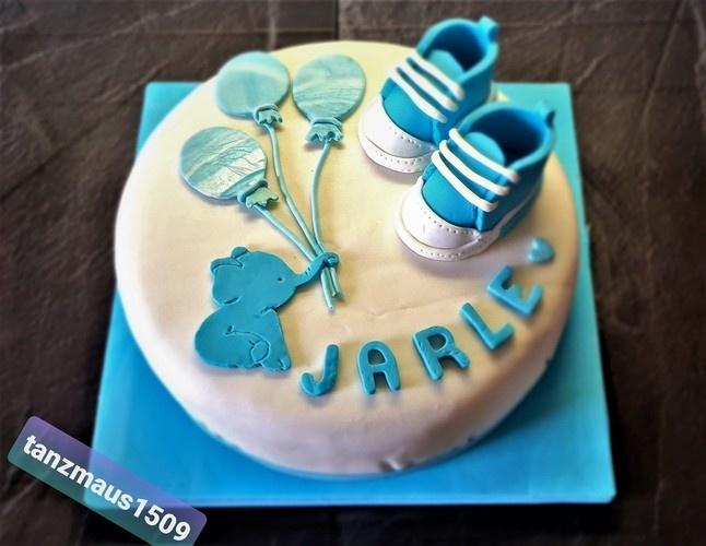 Makerist - Torte zur Babyparty - Torten, Cake Pops und Cupcakes - 1