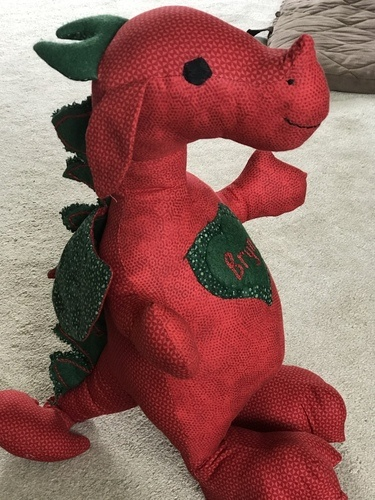 Makerist - Bryn a small Welsh Dragon made from Crafty Kooka pattern - Sewing Showcase - 3