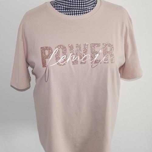 Makerist - T-Shirt mit Plott - Ton in Ton - DIY-Projekte - 2
