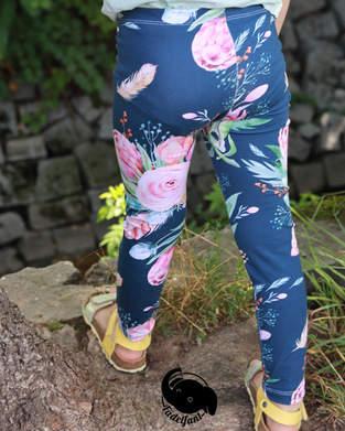 Makerist - Blumige Mädel Legs - 1