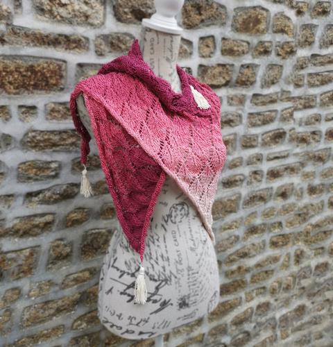 Makerist - Autumn Leaves Shawl - Knitting Showcase - 2