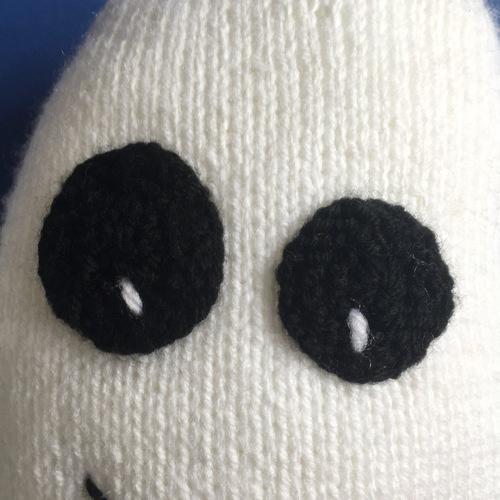 Makerist - Ghost Emoji - Knitting Showcase - 2