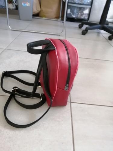 Makerist - Mak sac en simili cuir bordeaux et bien sur pour moi - #makeristalamaison - 2