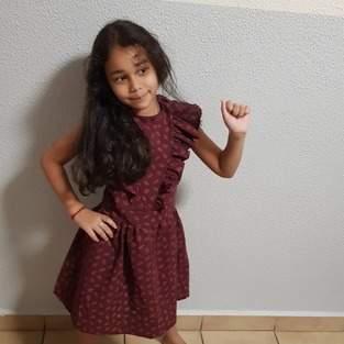 Makerist - Robe multi dans un coton broder, pour une petite fille en taille 7 ans  - 1