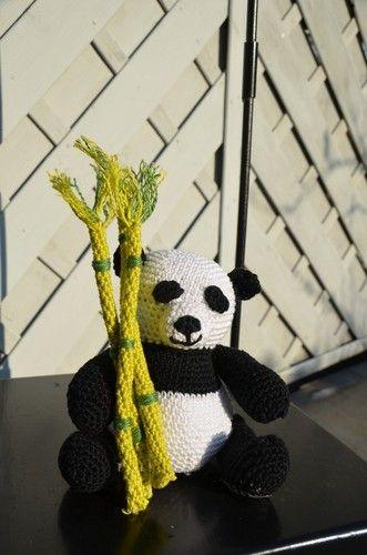 Makerist - Mini-Panda mit Bambus - Häkelprojekte - 2