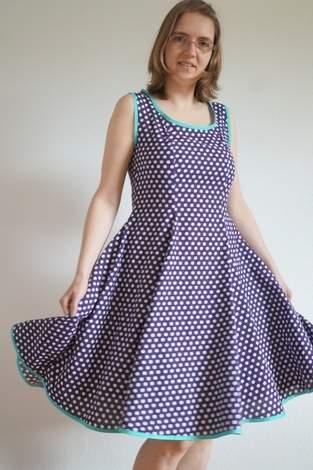 Makerist - Anninanni Kleid aus Baumwolle, für mich genäht, bekommst Du aber auch in meinem Shop - 1
