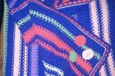 Makerist - Babydecke mit Häkelblümchen - 1