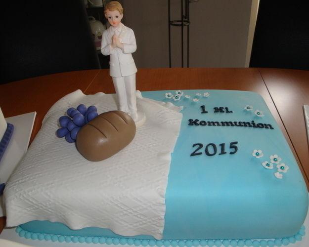 Makerist - Baby in der Wiege, Kommunion Junge und Hutschachtel mit einem Schuh - Torten, Cake Pops und Cupcakes - 2