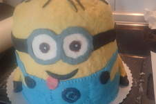 Makerist - Minion Torte - 1