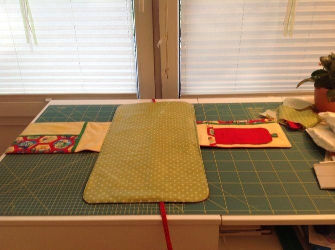 Makerist - Wickelunterlage als Tasche mit Fächern für Feuchttücher, Windeln und Cremes - Nähprojekte - 2
