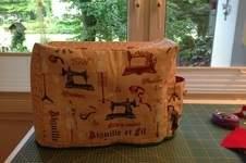 Makerist - Nähmaschinenhaube mit Seitentasche für Kabel und Fußpedal - 1