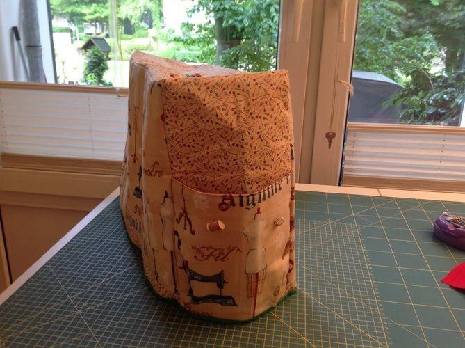 Makerist - Nähmaschinenhaube mit Seitentasche für Kabel und Fußpedal - Nähprojekte - 2