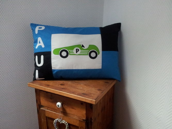 Makerist - Kissen mit Rennwagen - Nähprojekte - 1