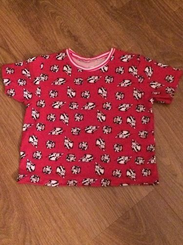 Makerist - Kindershirt für meine Enkeltochter aus lustigem Kuh-Jersey - Nähprojekte - 1